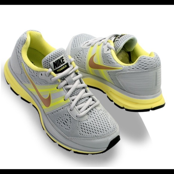 f370c36cf712 Nike Women s Air Pegasus 29 Grey Yellow Sneakers. M 5b00c5936bf5a68eee2fd7bc